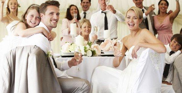 Réussir son discours de mariage grâce à l'émotion qui va ravir vos convives