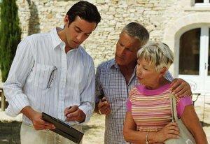 Négocier avec le vendeur pour l'achat du bien immobilier afin de devenir rentier
